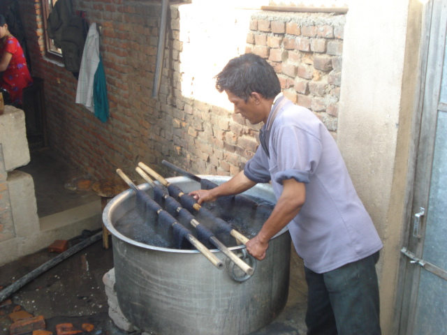 Dying of cashmere wool in Nepal