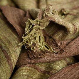 Sjaal van wilde zijde met lichtgroen