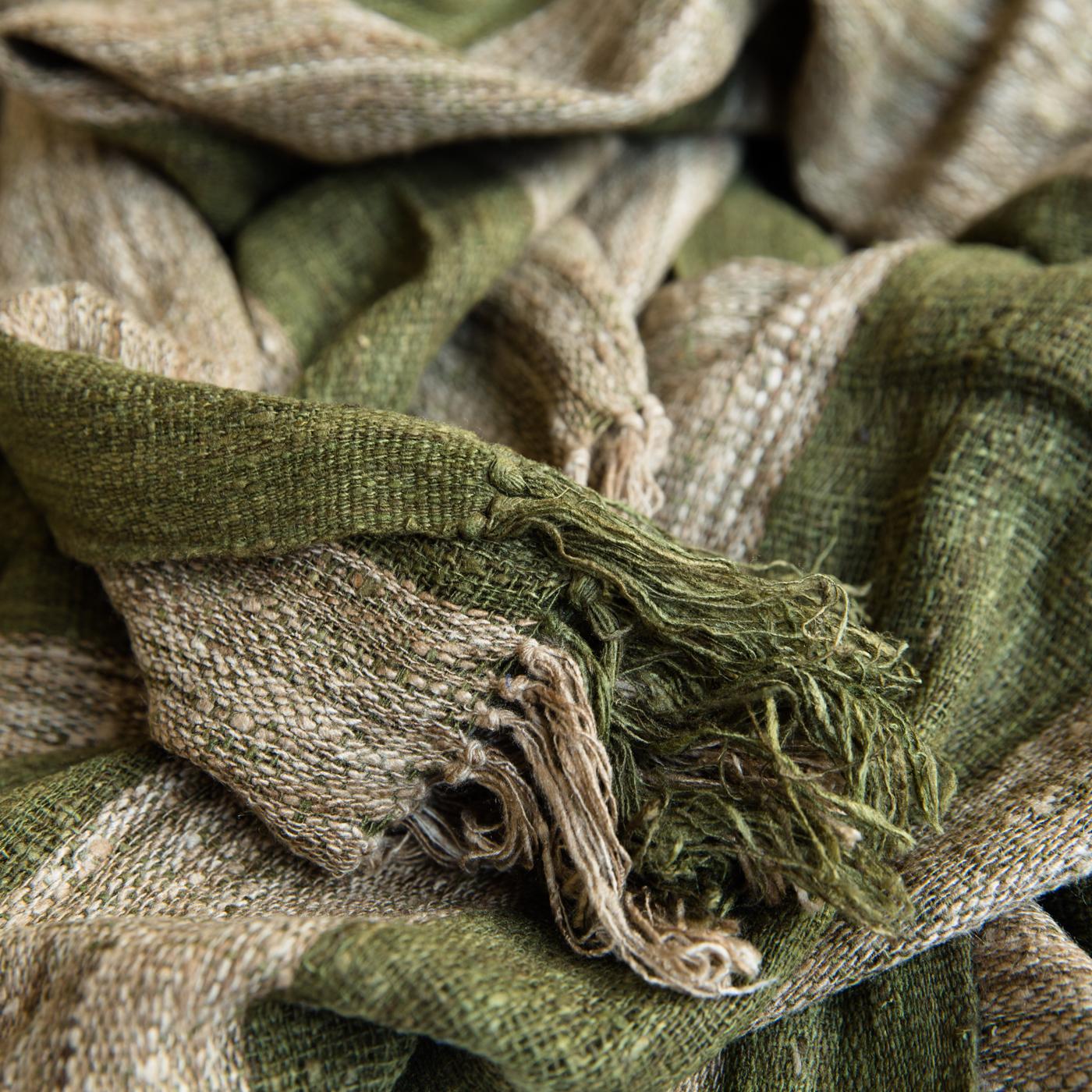 Sjaal van wilde zijde groen-beige