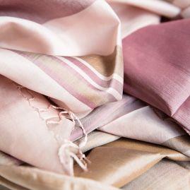 Silk scarf Naiseng