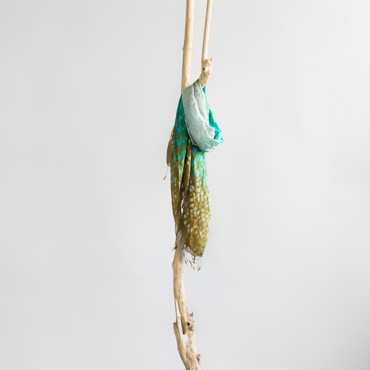 Zijden sjaal tie-dye aqua