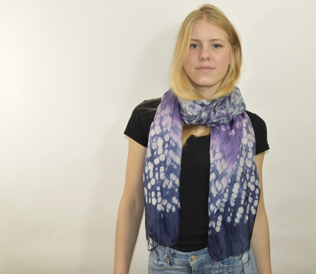 Zijden sjaal tie-dye purple rain