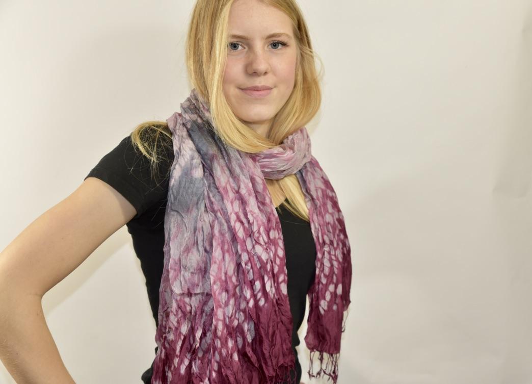 Zijden sjaal tie-dye pinkish