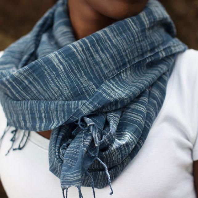 Katoenen sjaal Yeshi navy