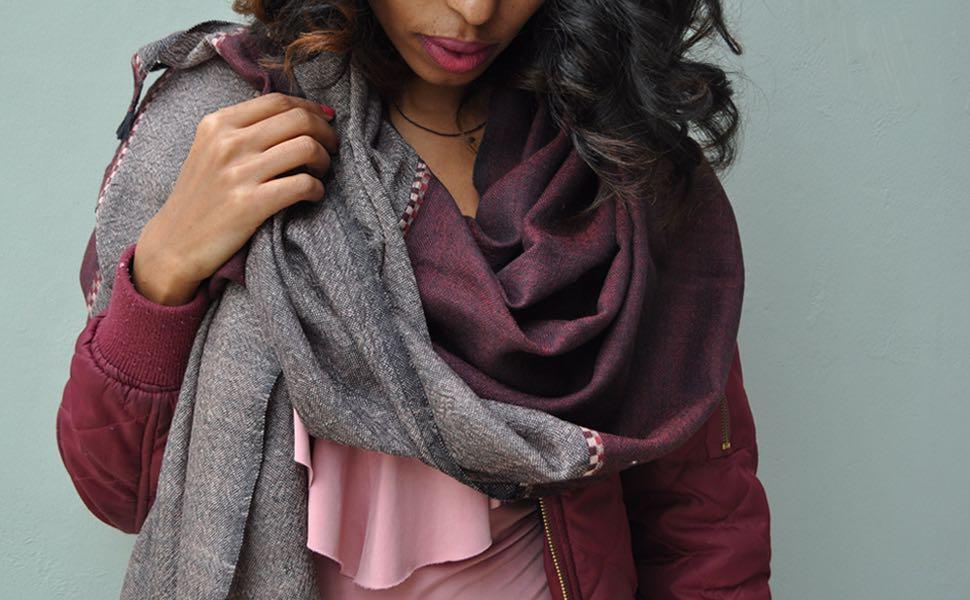 Wijrode wollen sjaal