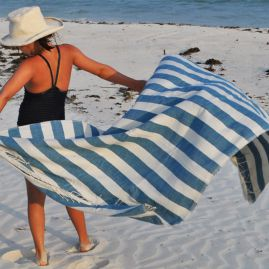 Beach towel Omo blue