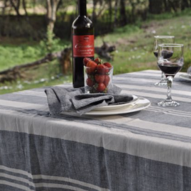 Zulu tablecloth blue