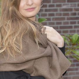 brown ecological Cashllama scarf