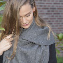 Grijze sjaal van 100% cashllama