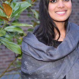 Lightweight cashmere scarf dark gray