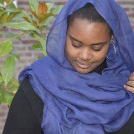 Lightweigth cashmere scarf dark blue