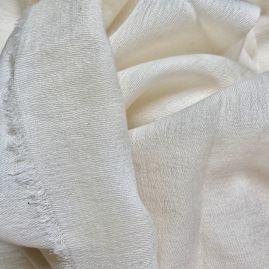 Cremekleurige sjaal van Merino wol en katoen uit Nepal