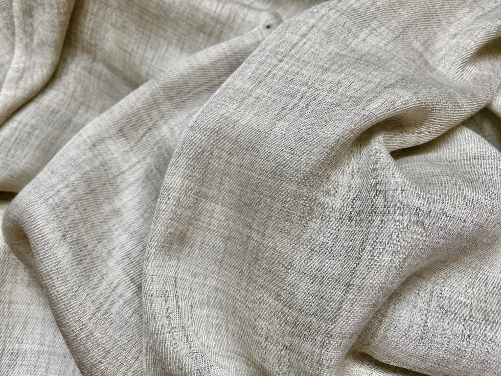Cashmere and cotton scarf in sand