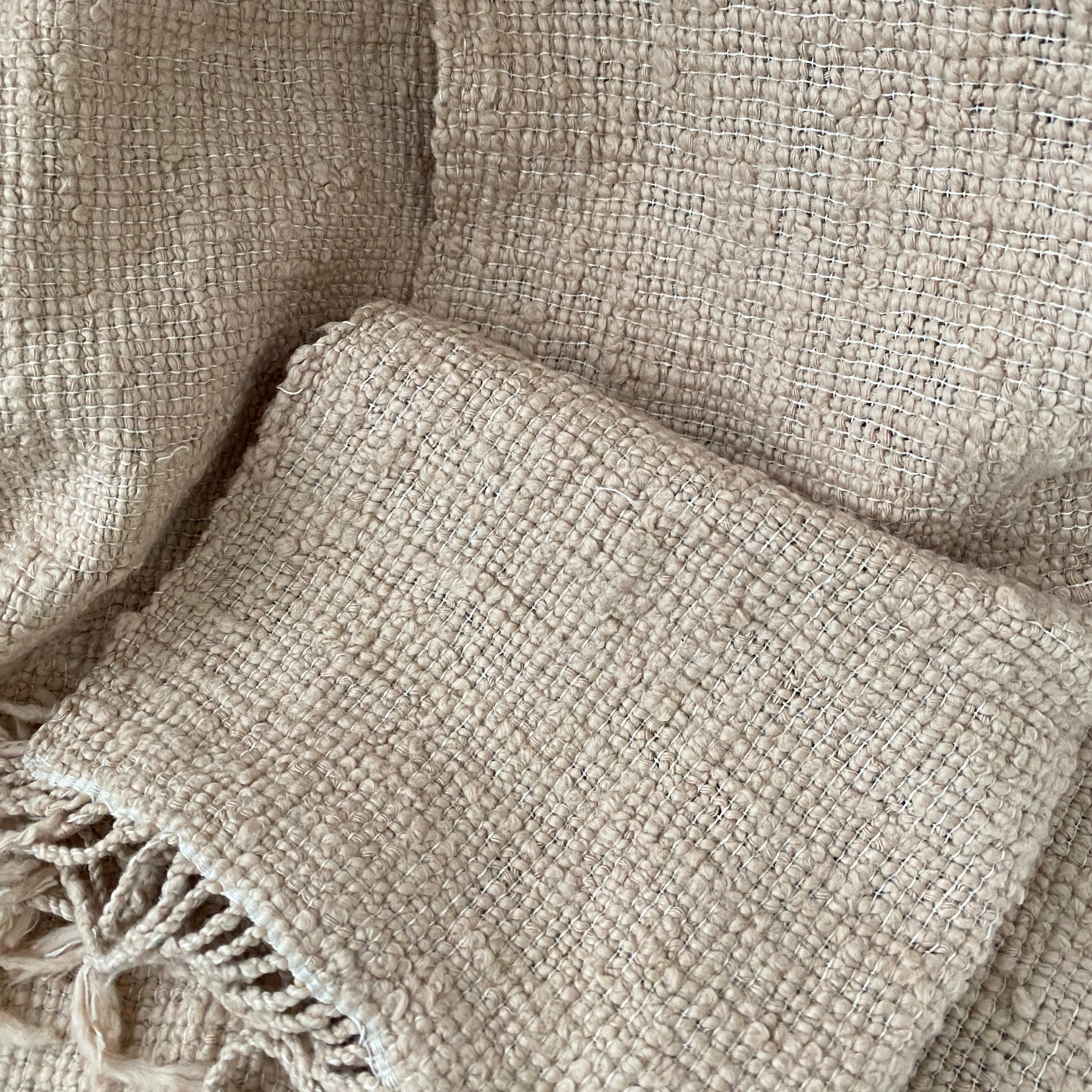 Zandkleurige sjaal van katoen uit Cambodja