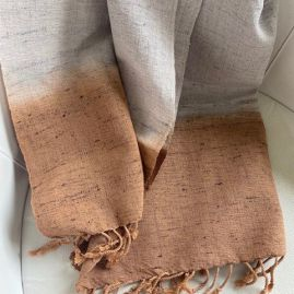 Katoen/zijde sjaal in grijs en bruin
